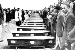 sharpeville_mass_burial